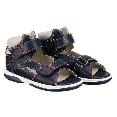 A MEMO Monaco – közepesen magas szárú – modell azoknak a gyermekeknek ideális viselet, akiknél a MEMO cipők diagnosztikai talpa szürke szupinációs vagy narancssárga bokasüllyedést korrigáló betétet jelez, esetleg saját talpbetétet hordanak.