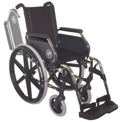 B 4200P önhajtós mechanikus, összecsukható kerekesszék, hátrahajtható kartámasszal, összecsukható vázzal, rögzítőfékkel, fektető funkcióval
